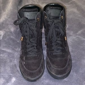 Louis Vuitton Suede Platform Sneakers